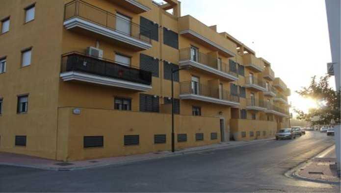 Piso En Venta En C Del Albero C Del Rejonero Edif Coliseo Atarfe Granada M72639 Solvia Inmobiliaria